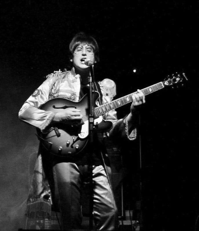 17 John Lennon