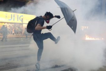 What Will Happens To Your Body When You're Tear Gassed