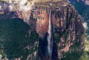 7 Record Breaking Natural Wonders Around The World