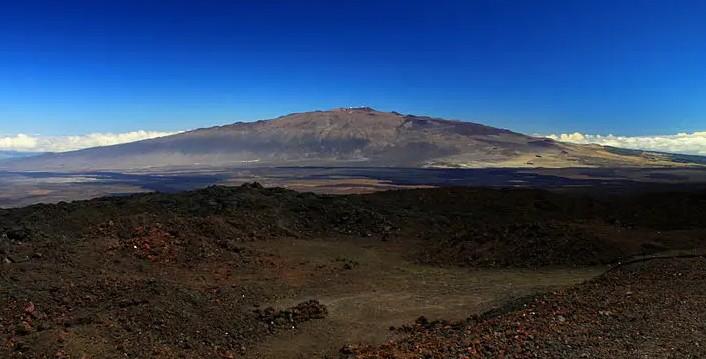 Worlds Tallest Mountain Mauna Kea In Hawaii